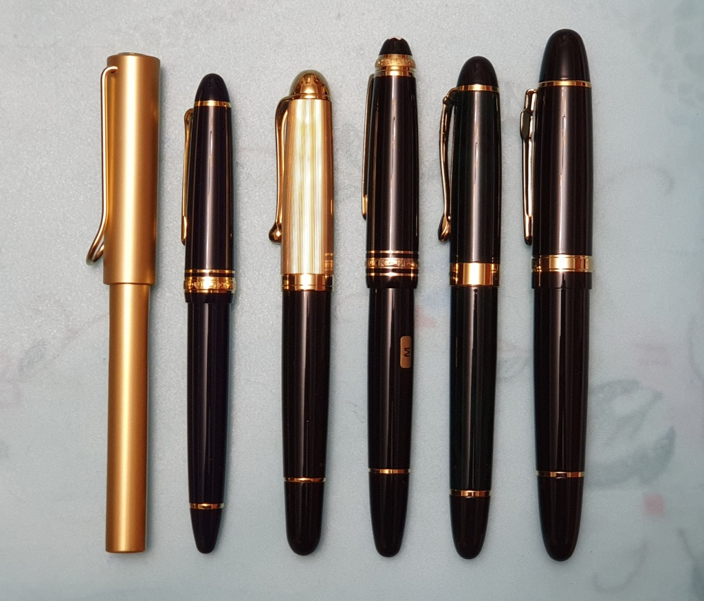 Jinhao159 Black Lacquered RollerBall Pen Silver Twist